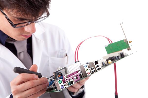 آشنایی با شغل مهندس سخت افزار