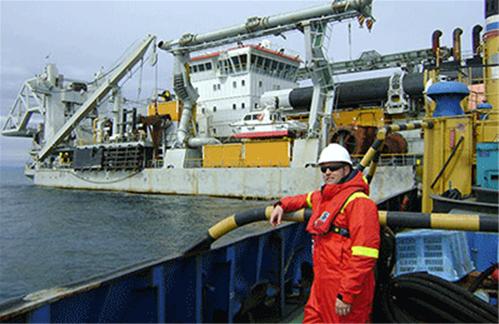 آشنایی با شغل مهندس دریا