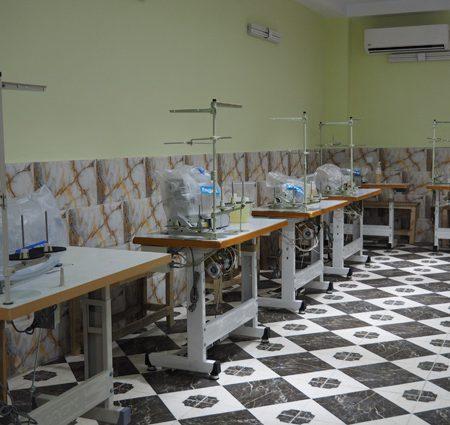 1395092877481 450x425 - لیست تولیدی پوشاک (ماشین آلات و ملزومات) تهران